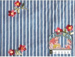 Jeanskleur gestreept indigo met geborduurde bloemen katoen